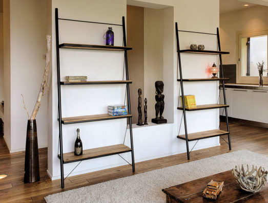 Bookcase with iron frame and oak shelves Art.20