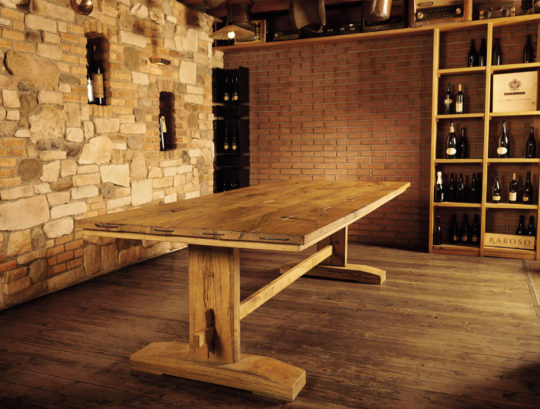 Aged solid oak table - Art.10